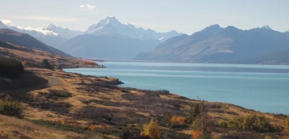 Mt Cook above Lake Pukaki